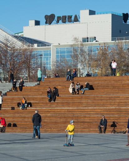 Mikhailovskaya Embankment
