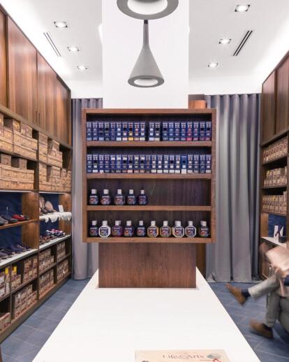 VGN | Kind of Blue. Historical Shop