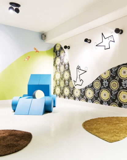 Blooming hotel Only for Kids Play Room