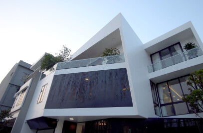 House with slanted shapes