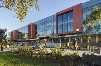 Whittier College, Science and Learning Center