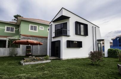 D4B House