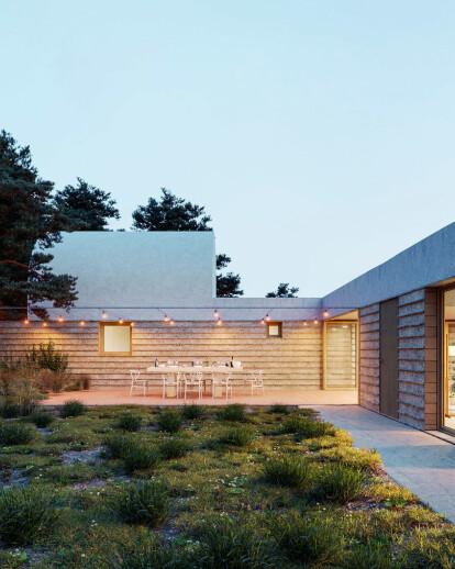 The Rupià House