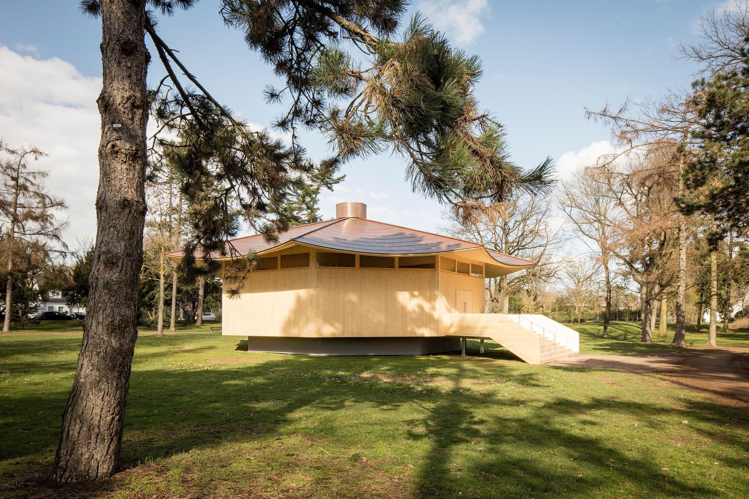 Krefeld Pavilion, Thomas Schütte