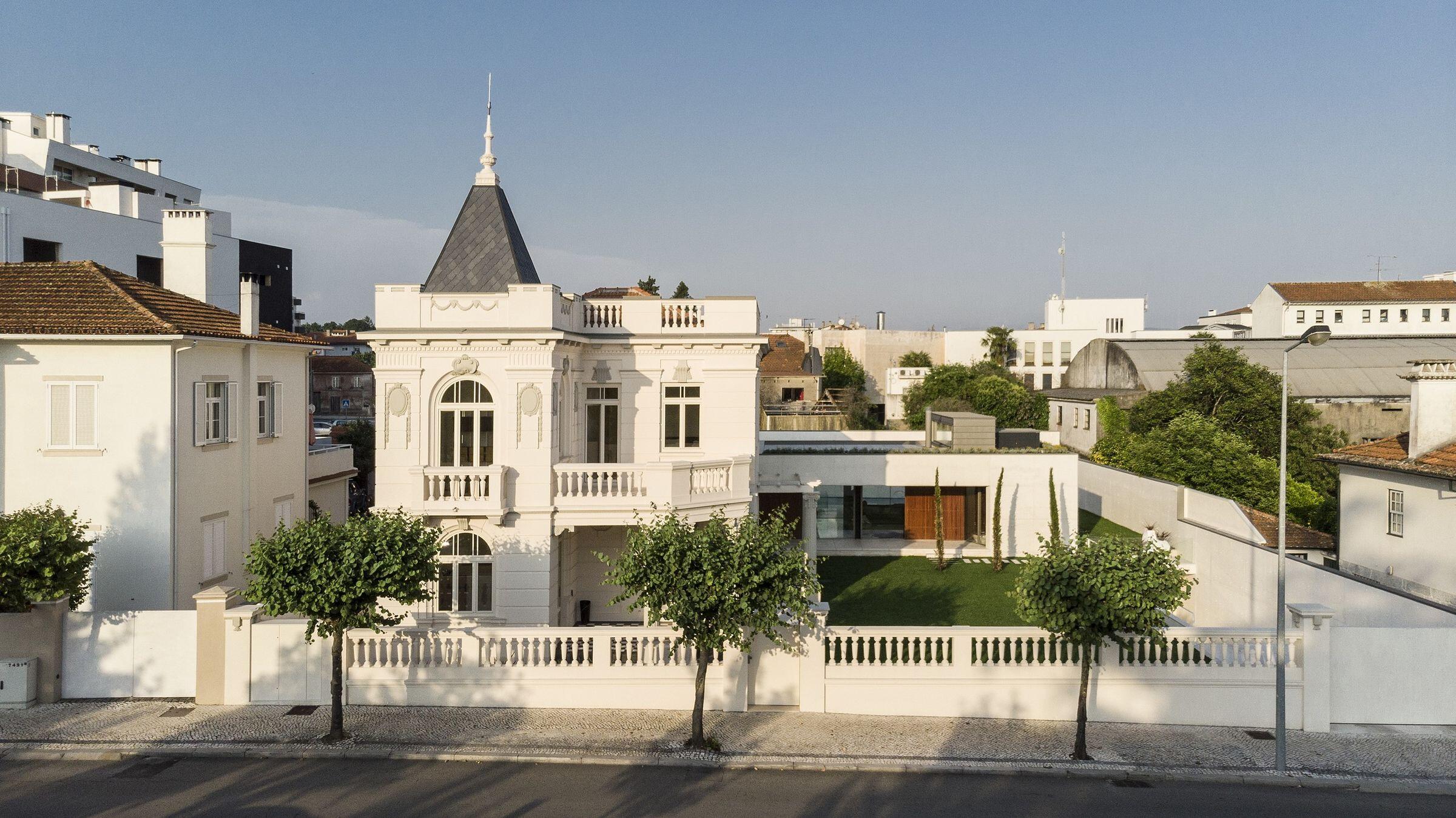 Águeda House