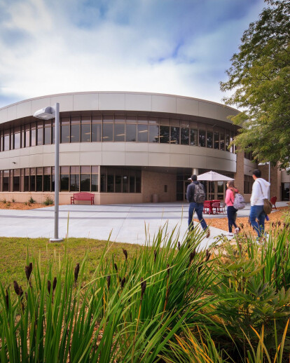 FoxValley Technical College Student Success Center