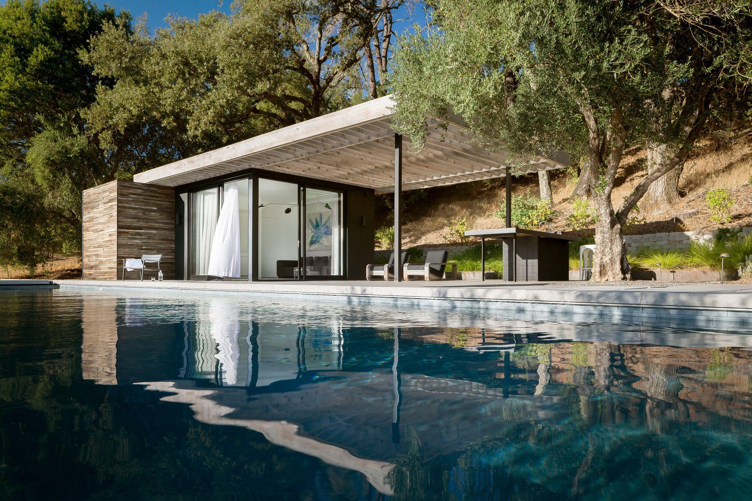 Dry Creek Poolhouse