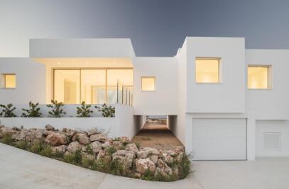 Villa Catwalk