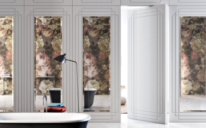Linvisibile - Brezza - Filo 10 Vertical Pivot Door - Moulded surface