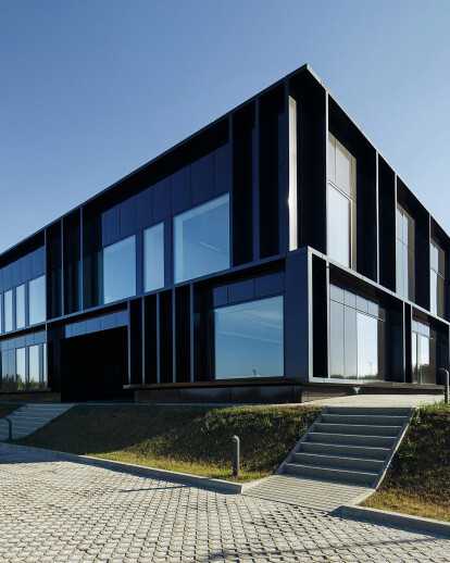 Pivexin Technology HQ - office building and wareh