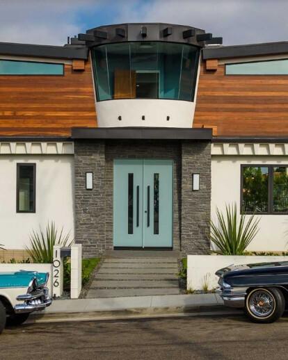 Modern Manhattan Beach home
