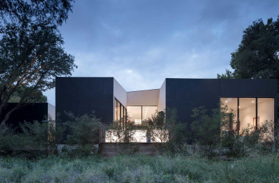 LEED Platinum modern home near Dallas