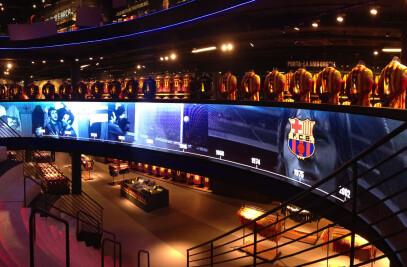 Curved LED Display | FC Barcelona Megastore