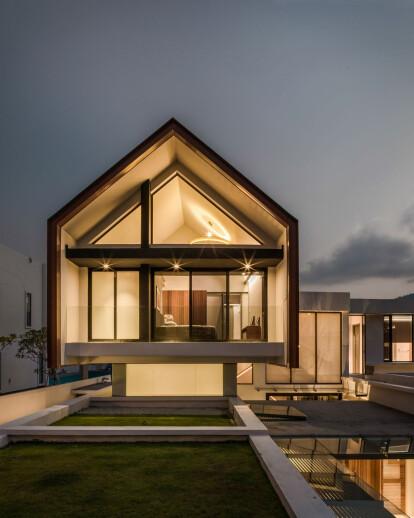 Meru House