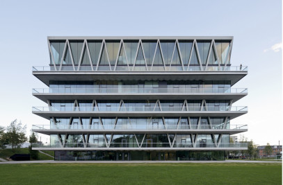 School building in Leutschenbach