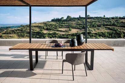 Spinnaker 034 extendable table