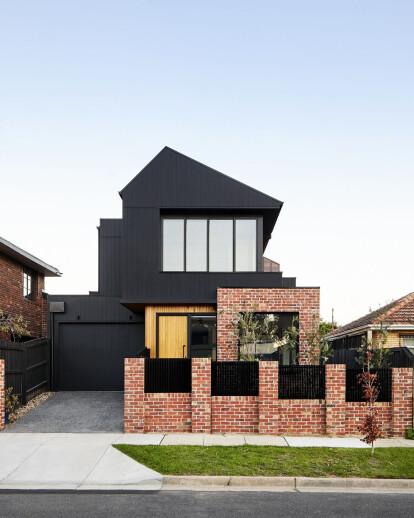 Brodecky House