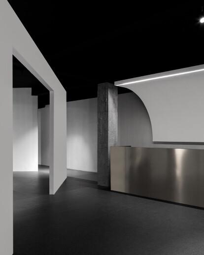 Dreams-Chasing, Life & Art Showroom