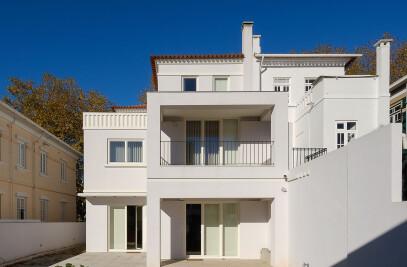 Combatentes House