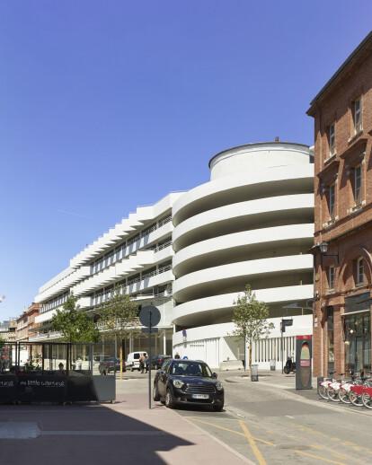 Victor Hugo Car Park