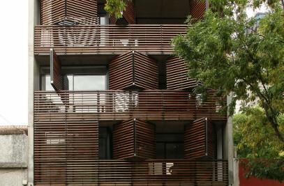 Dynamic Facade Apartments