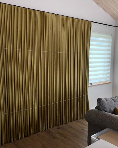 14m Electric Curtain Track with Iris Blackout Wave