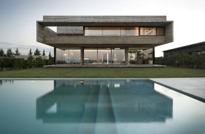 10 HOUSE