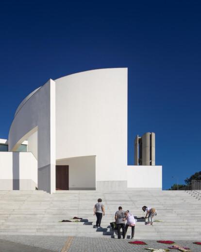 Lagares Church