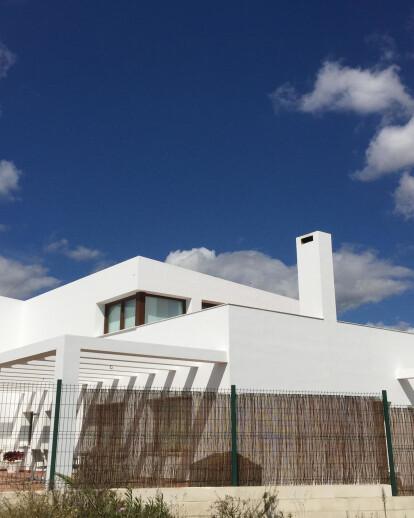 Minimalist house by the Mediterranean sea