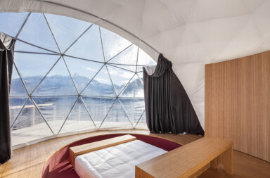 Eco-Pod Zen in the Alps
