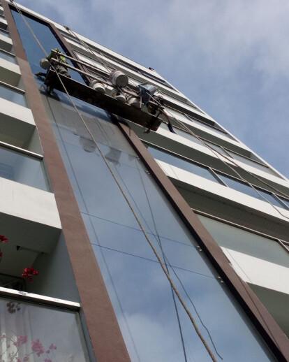 Proyecto de Pintura de Fachada de Edificio Multifa