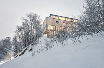 Two-in-One House