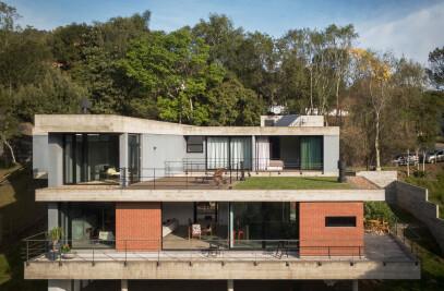 Pereira Narvaes House
