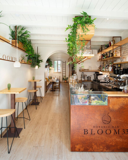Bloom 33 Botanic Bar