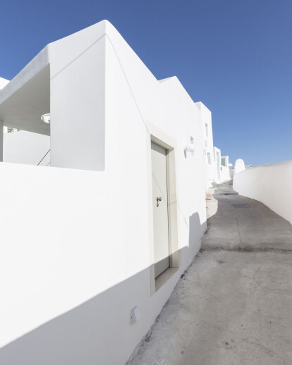 Two Holiday Residences in Fira