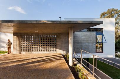 Kovacs House