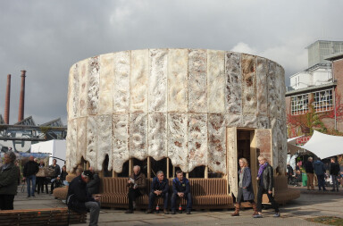 Company New Heroes in collaboration with Krown.bio creates mycelium pavilion grown out of agricultural waste