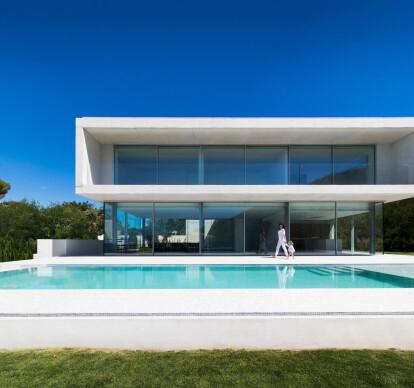 Portet House