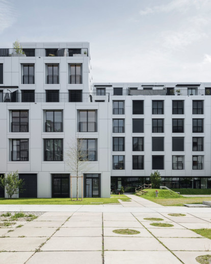 """sue&til"" – New City of Wood Housing"