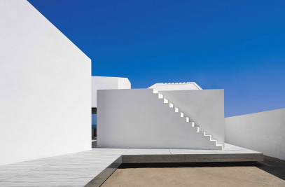 House 2 For A Photographer