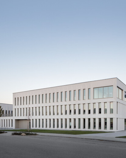 Administration & production building for REVIDERM