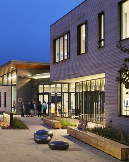 Half Moon Bay Library