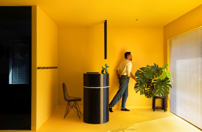 Hello Yellow - Office Space