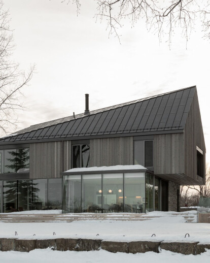 Langlois-Lessard Residence presents an exceptional example of site driven design