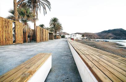 LAS NEGRAS WATER-FRONT