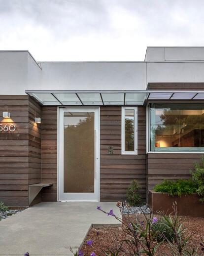 Oak Street Residence