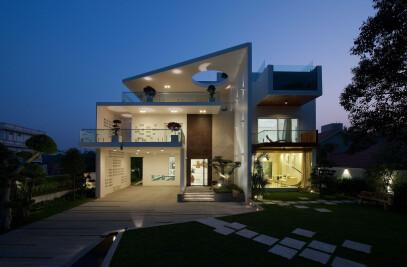 h20 house
