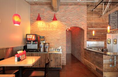 Matt's Chicago Dog Restaurant