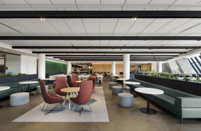 New Spaces for Desjardins at the Montréal Tower