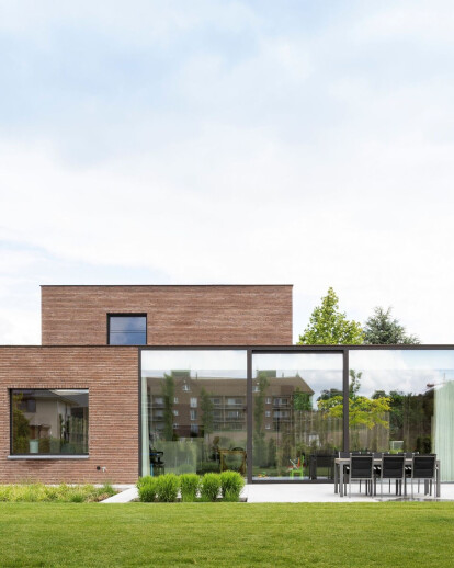 Modern villa Harelbeke